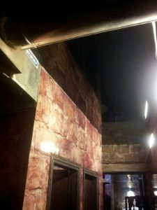 """תקרה נמתחת במועדון לילה """"שקולה"""" חיפה"""